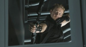 Jeremy-Renner-Hawkeye-The-Avengers-movie-image-600x329